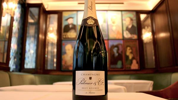 Champagne for everyone! How The Ivy is making Champagne more accessible over Christmas